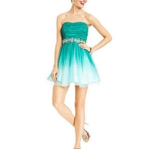 B Darlin Homecoming/Semi Formal dress JRs 13/14